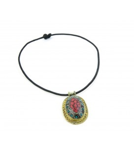 Collar oval relieve